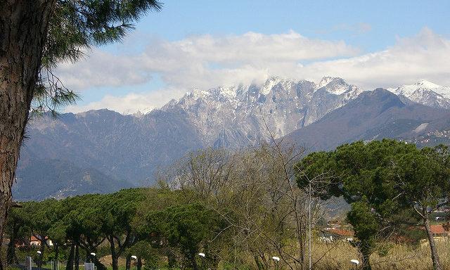 Апуанские горы в окрестностях Виареджио