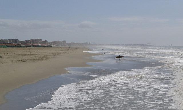 Пляжи Виареджио в низкий сезон малолюдны