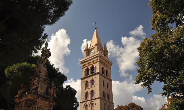 Башня Кафедрального собора в Мессине