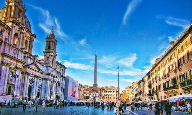Площадь в Риме