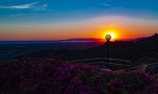 Закат над Пьетрасантой