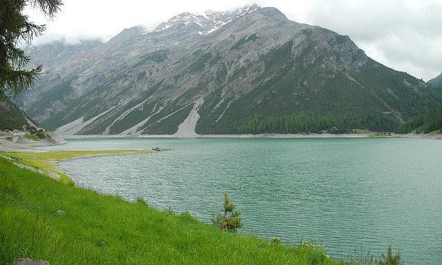 Озеро в Ливиньо