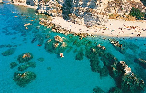 Море в Тропее